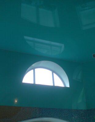 Заказать бесщелевой натяжной потолок в прихожую