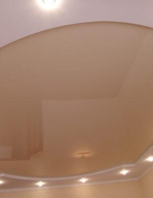 Заказать глянцевый натяжной потолок на кухню
