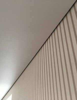 Заказать теневой натяжной потолок для ванной комнаты